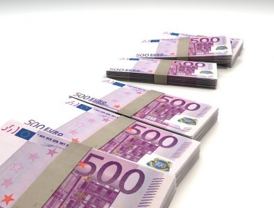 4 Wege, um kostenlos Bargeld einzuzahlen