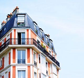 In Immobilien investieren als digitaler Nomade – macht das Sinn?
